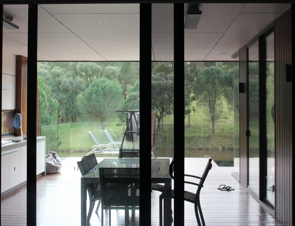 Sliding-fly-screens-from-Clearshield